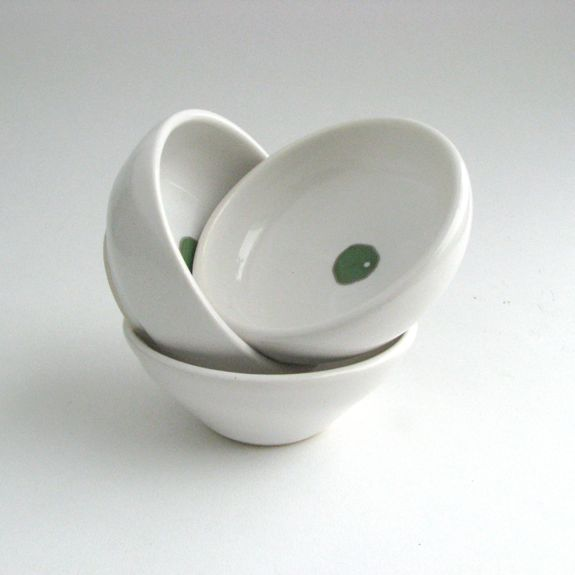 Dots! Mini Bowls in Green, made by Melanie Mena