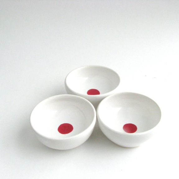 Dots! Mini Bowls in Red, made by Melanie Mena